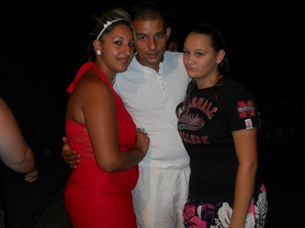 Mon prince ma femme & notre petite cousine été 2012