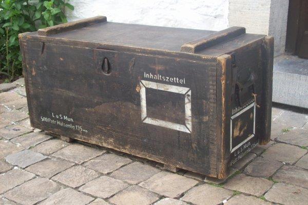caisse de cartouches de lance-fusée de 135mm ( allemand ) ORIGINAL WW2
