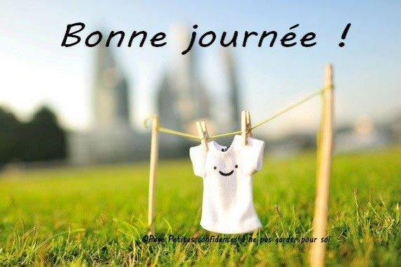 un ciel bleu et un sourire pour un bon jeudi    !!!