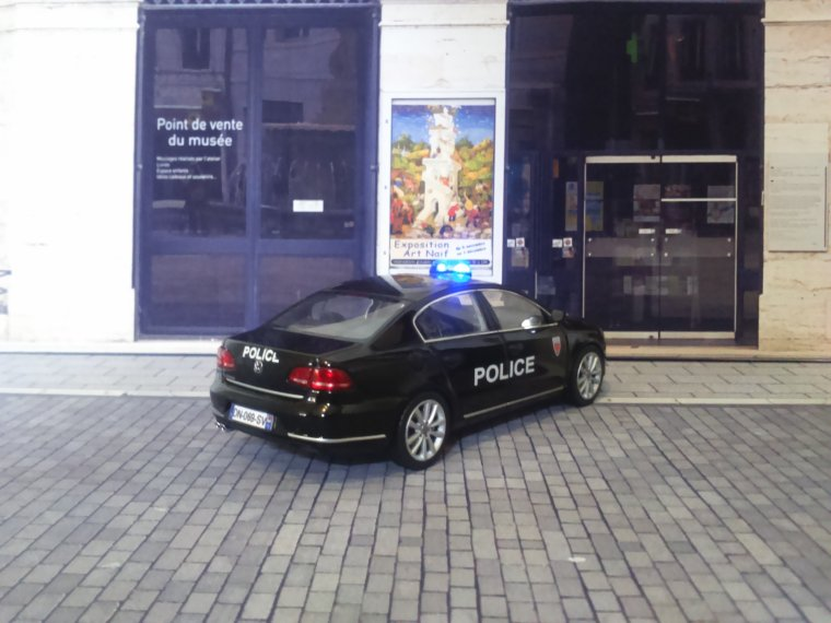 Police Nationale - VW Passat BAC 75N