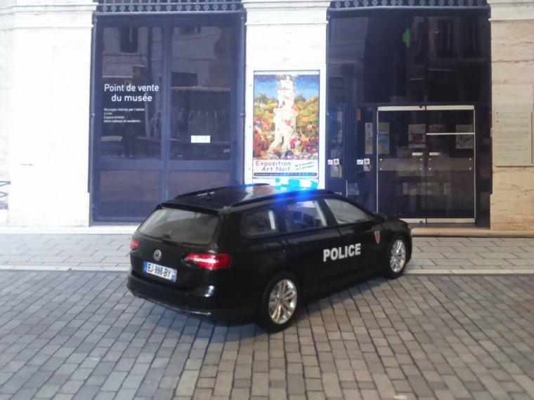 Police Nationale - VW Passat SW - CSI 92