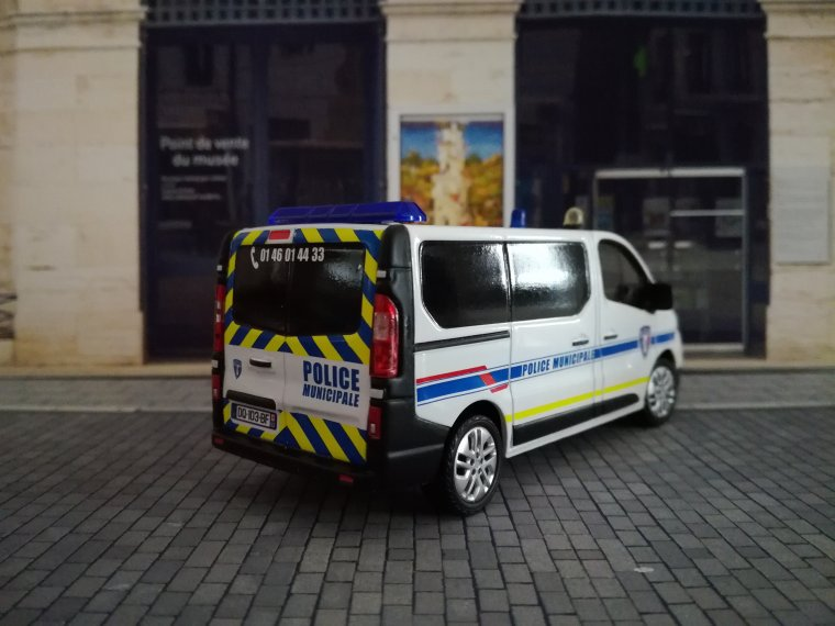 Police Municipale du Plessis-Robinson (92) - Renault Trafic