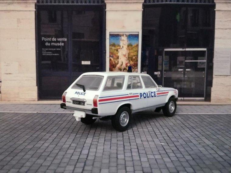 Police Nationale - Peugeot 504 Break Dangel