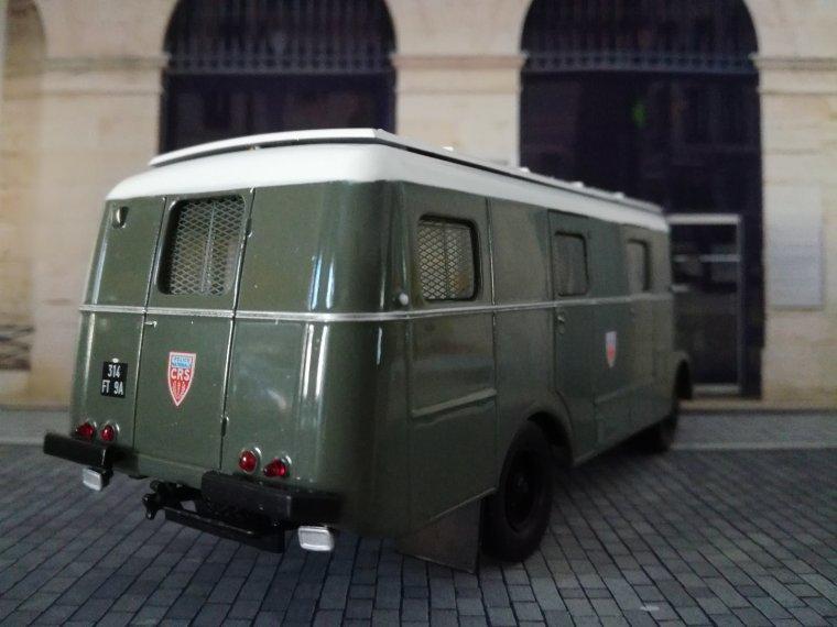 Police Nationale CRS - Berliet GLB 19 R Car de commandement