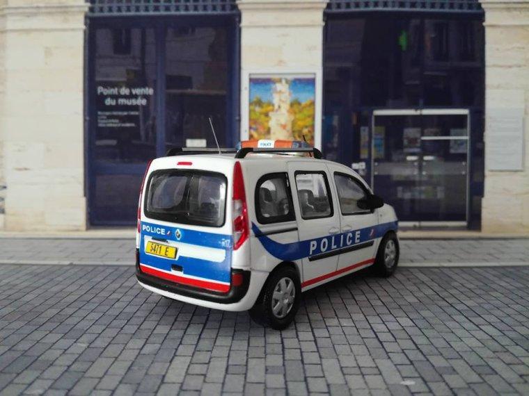 Police Nationale DOM TOM - Renault Kangoo