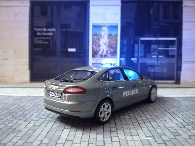Police Nationale BAC 75N - Ford Mondeo (Led)