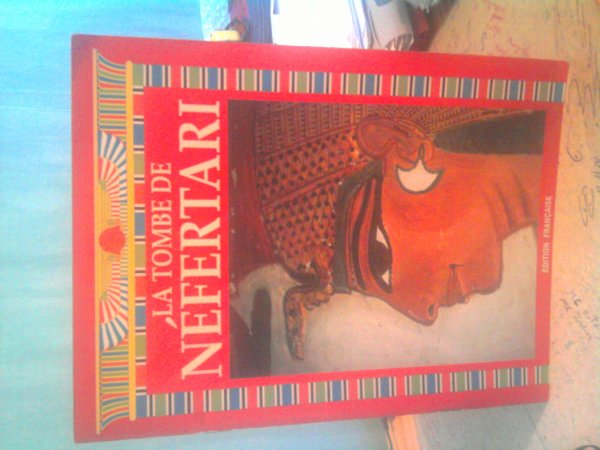 La tombe de Nefertiti 1 ¤ seulement !!