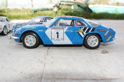 A 110 version Tour de Corse 1/18 Burago