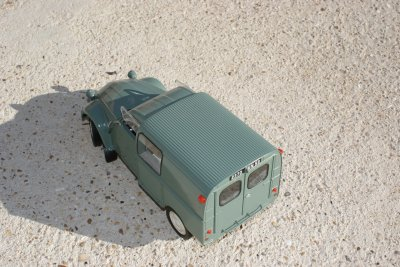 Citroën 2CV Fourgonnette 1/18 Solido
