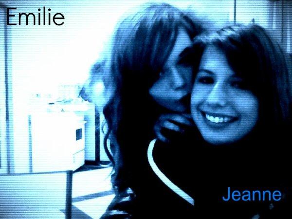 Moi et Jeanne , j'suis celle de gauche.♥
