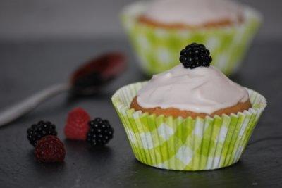 Cupcake coeur de confiture et crème légère