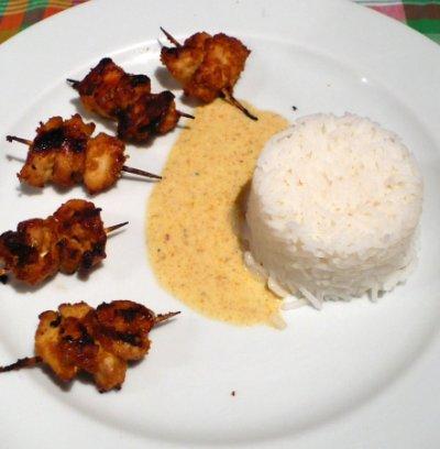 Mini brochettes exotiques au poulet
