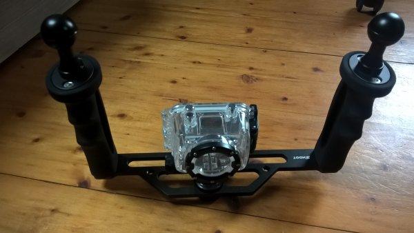 voici mon stabilisateur pour ma caméra de plongée.