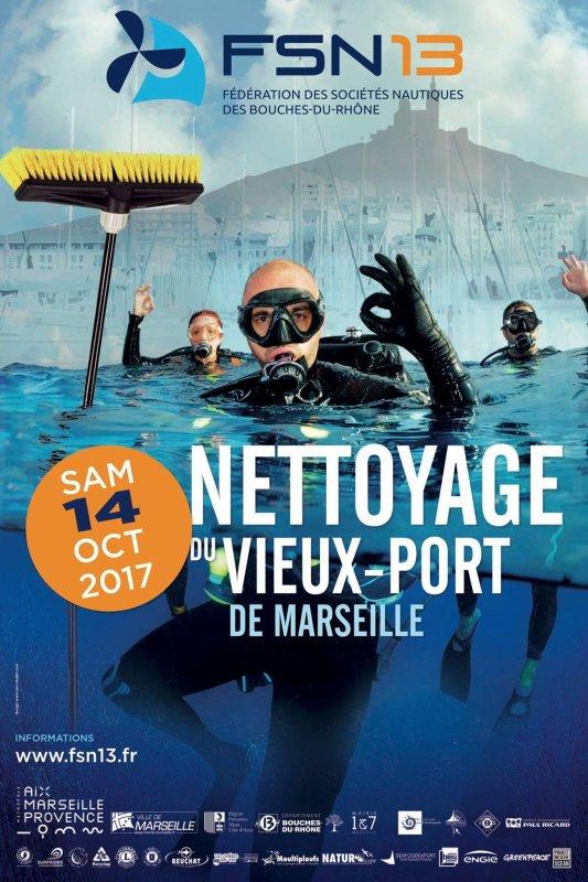 Nettoyage du vieux port de Marseille