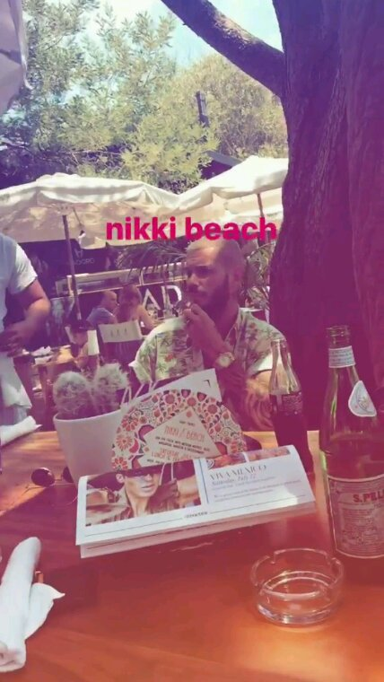 Matt au nikki beach