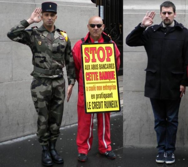 UN MILITAIRE ET UN POLICIER ONT SALUE BRUNO BOULEFKHAD DEVANT LA SOCIETE GENERALE