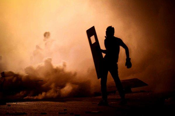 Au Bahreïn, des manifestations anti-gouvernement continuent dans le village de Diraz à l'ouest de Manama, le 25 juillet.