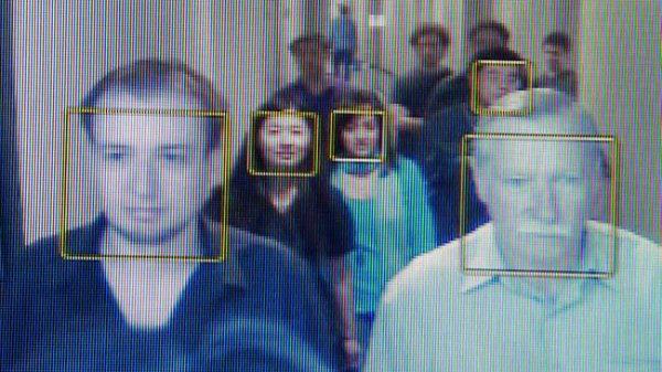 La surveillance globale par la reconnaissance faciale devient réalité aux États-Unis selon de nouveaux documents