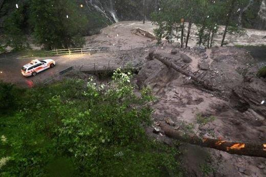 BIG ONE MONDIAL EN MARCHE ! Grêle et coulée de boue en Suisse Alémanique