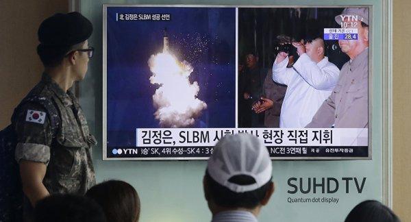 3 GUERRE MONDIAL 2017 EN MARCHE : Tir de missile nord-coréen: Washington prépare sa réponse en secret