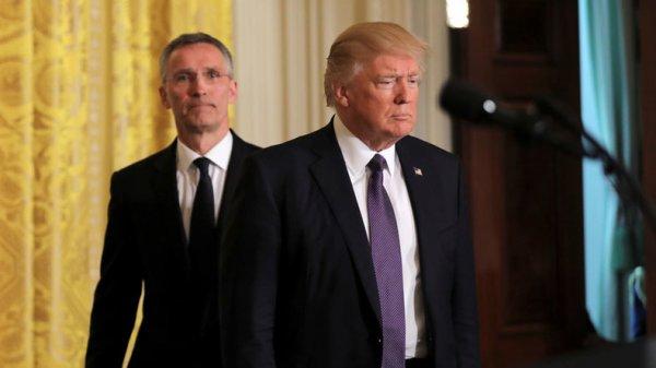 3 GUERRE MONDIAL 2017 EN MARCHE : Volte-face de Trump sur l'OTAN : l'Alliance deviendra «plus expansionniste que défensive»