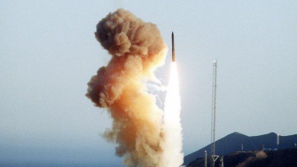 3 GUERRE MONDIAL 2017 EN MARCHE : ONU : La nenace nucléaire «au plus haut depuis la guerre froide»