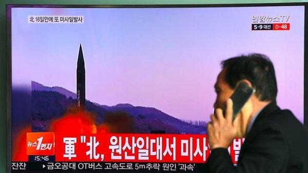 3 GUERRE MONDIAL 2017 EN MARCHE :Corée du Nord : échec d'un nouvel essai de missile