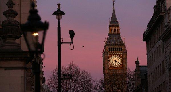 3 GUERRE MONDIAL 2017 EN MARCHE :La capitale britannique prête pour la Troisième guerre mondiale