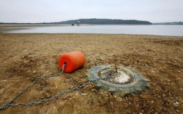 BIG ONE MONDIAL IMMINENT ET FIN DE VIE SUR TERRE ! ARRIVEE DE NIBIRU :Royaume-Uni : sécheresse cet été après l'hiver le plus sec depuis 20 ans