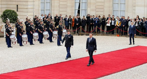 FIN DE LA FRANCE EN MARCHE ET DEBUT DE LA DICTATURE