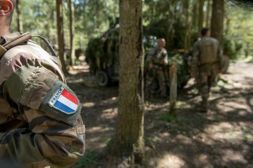 3 GUERRE MONDIAL 2017 EN MARCHE :L'armée française s'exerce en Estonie