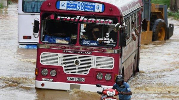 BIG ONE MONDIAL IMMINENT ET FIN DE VIE SUR TERRE ! ARRIVEE DE NIBIRU :Sri-Lanka: pluies torentielles