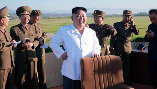 3 GUERRE MONDIAL 2017 EN MARCHE :La Corée du Nord prête à lancer des missiles intercontinentaux