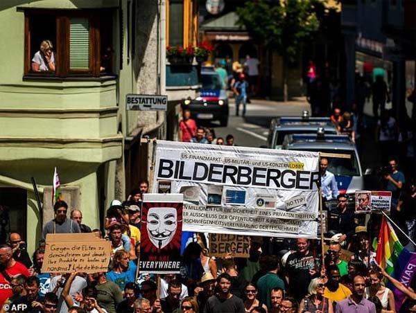 NOUVEL ORDRE MONDIAL SATANIQUE NAZI :Les Faiseurs de Rois du Bilderberg Group se réunissent en Virginie pour piloter l'Ère Trump