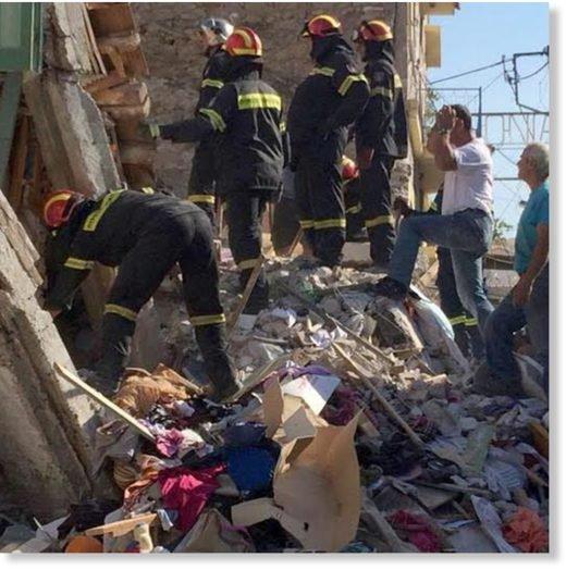 BIG ONE MONDIAL IMMINENT ET FIN DE VIE SUR TERRE ! ARRIVEE DE NIBIRU :Blessés et de nombreuses destructions dans les îles grecques touchées par le séisme