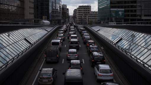 """FIN DE VIE SUR TERRE ORGANISEE : Des taux """"choquants"""" de dioxyde d'azote à Bruxelles"""