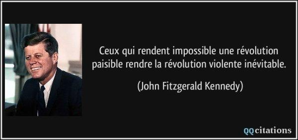 NOUVEL ORDRE MONDIAL SATANIQUE NAZI :Ils ont peur du  réveille du peuple: NKM, en campagne à Paris, fait un malaise après une altercation avec un passant
