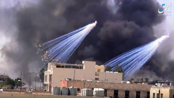 NOUVEL ORDRE MONDIAL SATANIQUE NAZI ET 3 GUERRE MONDIAL 2017 EN MARCHE: Les USA et l'Europe utilisent du phosphore blanc en Irak et en Syrie