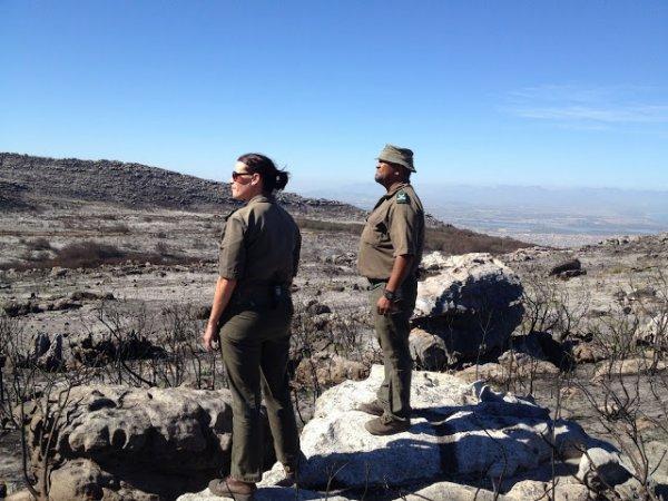 BIG ONE MONDIAL IMMINENT ET FIN DE VIE SUR TERRE ! ARRIVEE DE NIBIRU :Afrique du Sud : la région du Cap vit sa pire sécheresse depuis un siècle