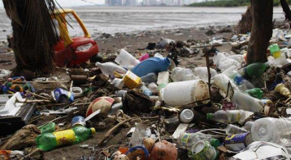 FIN DE VIE SUR TERRE ORGANISEE : Les cours d'eau asiatiques déversent plus de plastique dans les océans que tous les autres continents réunis