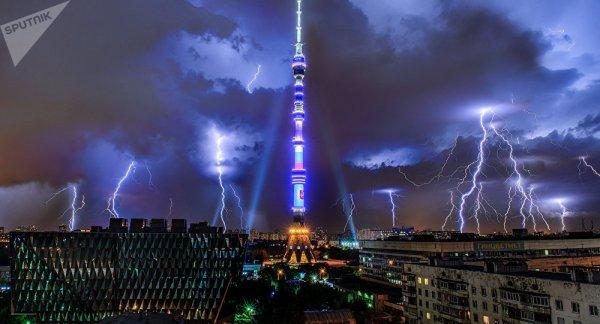 BIG ONE MONDIAL IMMINENT ET FIN DE VIE SUR TERRE ! ARRIVEE DE NIBIRU :Moscou frappé par le plus gros orage des 60 dernières années
