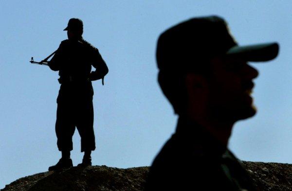 3 GUERRE MONDIAL 2017 EN MARCHE :Iran: deux ouvriers tués dans une attaque contre une zone frontalière