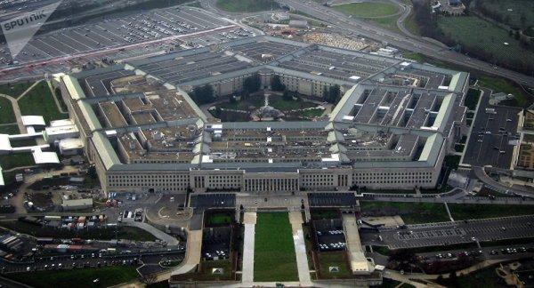 3 GUERRE MONDIAL 2017 EN MARCHE :Le Pentagone envisage une frappe préventive contre les bases nord-coréennes