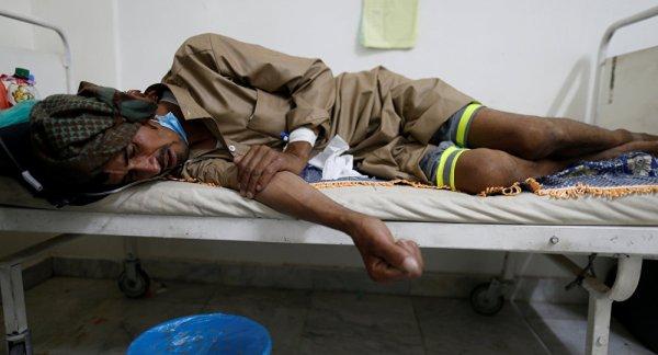 FIN DE VIE SUR TERRE ORGANISEE : Yémen: les cas de choléra dépassent la barre d'un demi-million