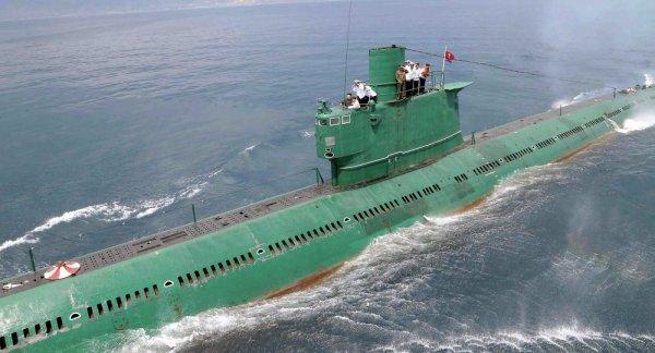 3 GUERRE MONDIAL 2017 EN MARCHE : Un deuxième sous-marin doté de missiles balistiques découvert en Corée du Nord