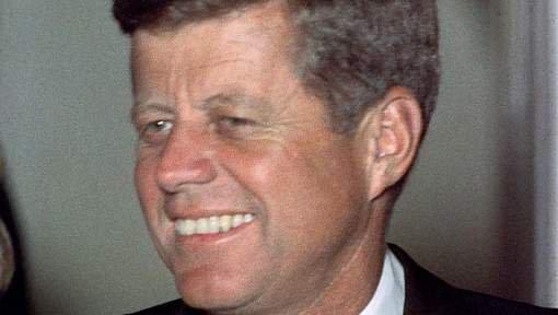 LE TEMPS DES REVELATIONS :Trump autorise la publication de documents secrets sur Kennedy