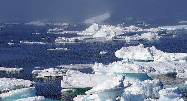 3 GUERRE MONDIAL 2017 EN MARCHE : En Arctique, la Flotte russe du nord s'entraîne au débarquement