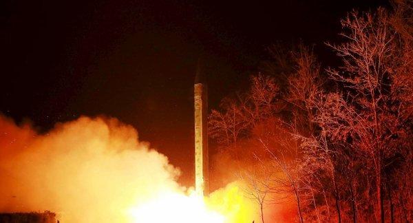 3 GUERRE MONDIAL 2017 EN MARCHE :«La mèche d'une guerre nucléaire» est allumée