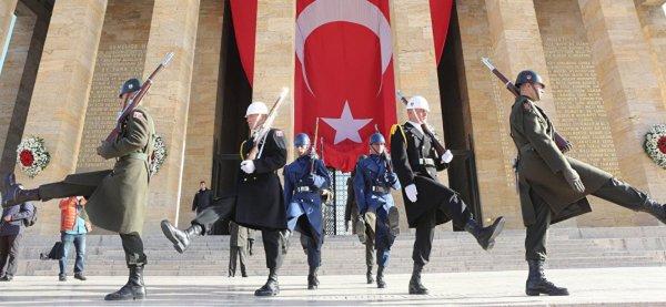 3 GUERRE MONDIAL 2017 EN MARCHE :Turquie-OTAN : le départ de la Turquie mènera à l'effondrement complet de l'Alliance