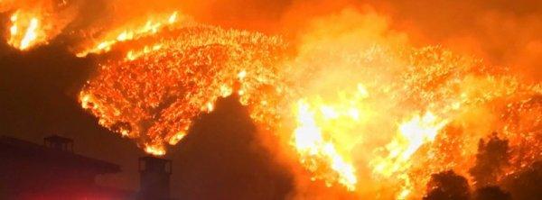 FIN DE VIE SUR TERRE : Thomas Fire a brûlé 242 500 acres, détruit 751 structures et est contenu à seulement 30%